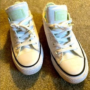 Converse All Star ❤️ Size 6
